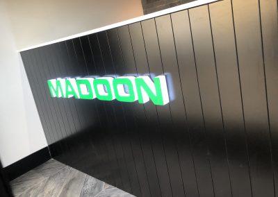 Madoon - Shop Signs