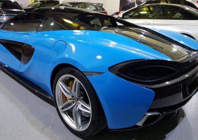 Colour Change Wrap Giving Sports Car Futuristic Look